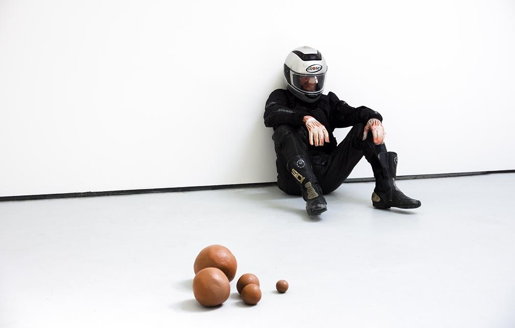 https://www.michalplata.com/files/gimgs/th-188_MPlata-gradshow-sculpture.jpg